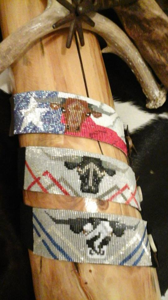 Varied patterns and colors are available and even cattle designs