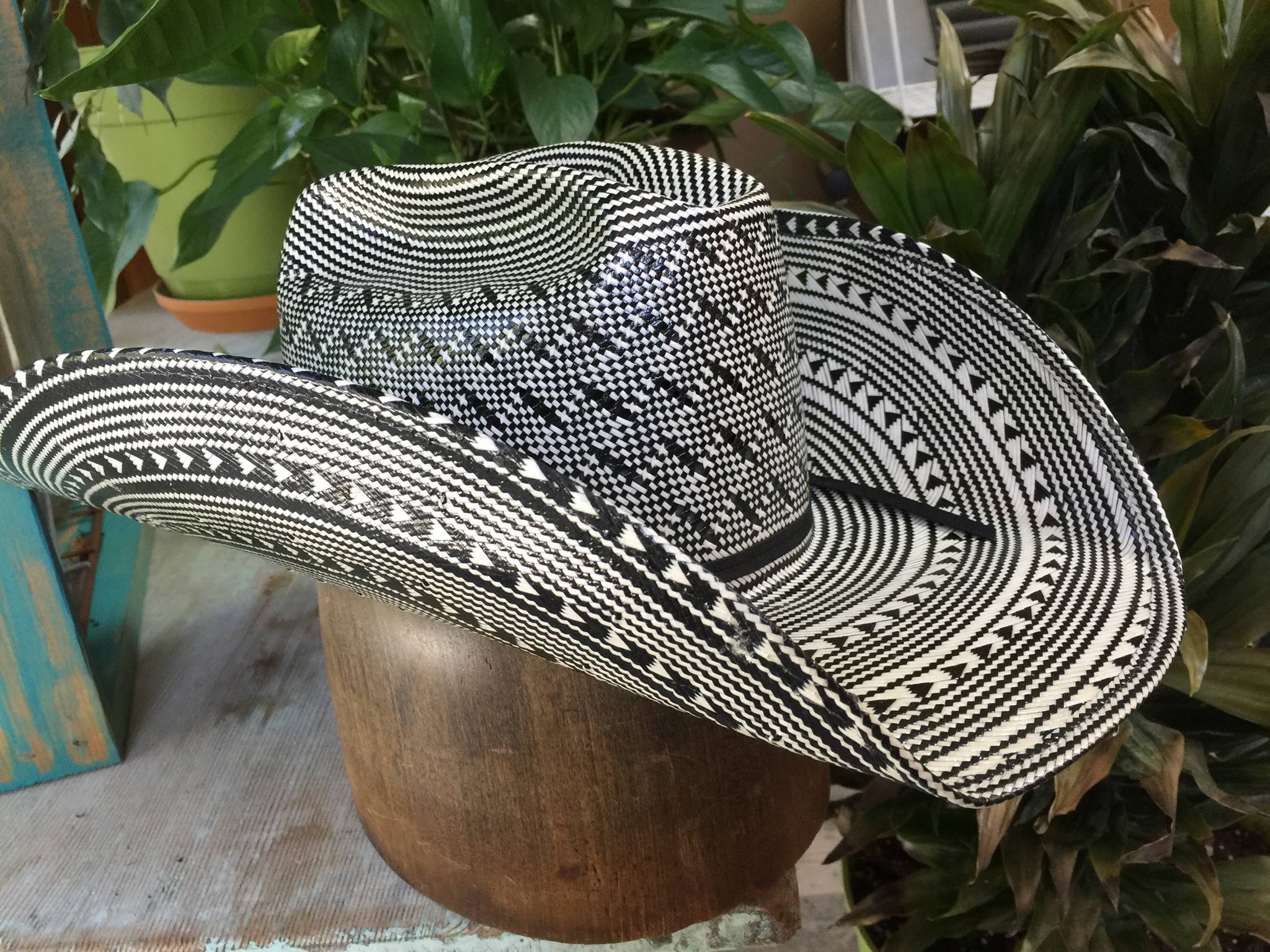 Black and white new straw! American Hats! The best! All sizes available!