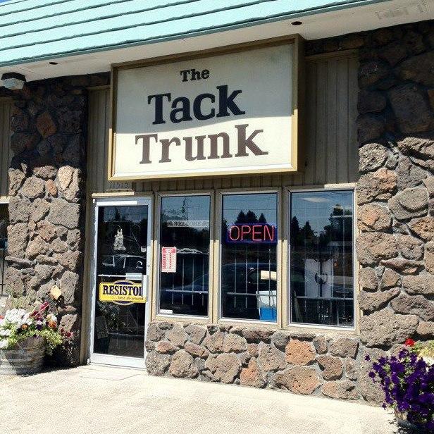 Tack-Trunk