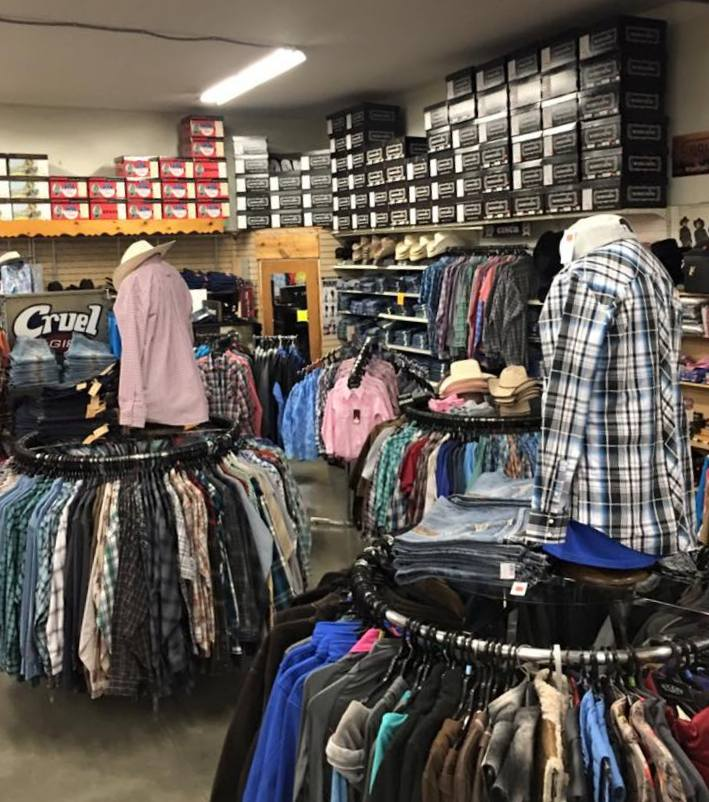 You'll find a full line of your favorite western brands here at Laurel Farm and Western Supply. We've got you covered from head to toe! We carry Walls Workwear and have a full selection of insulated bib overalls and insulated jackets for men, women and kids.