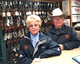 Joel and Lynn Gleason knowledgeable horse folks that offer quality products!
