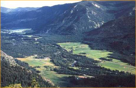 Come experience the Methow Valley, on horse back.