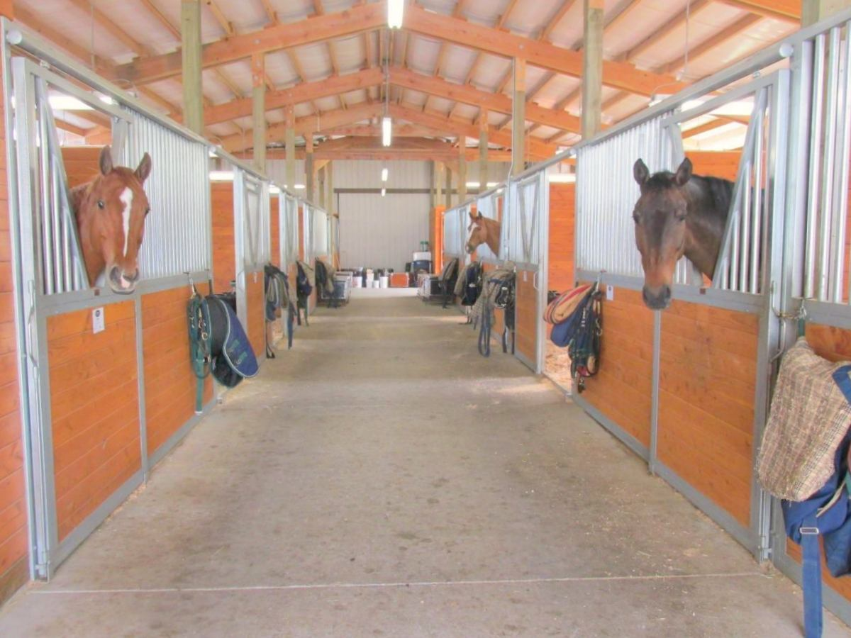 Horse barn in Snohomish, constructed by Spane Buildings.