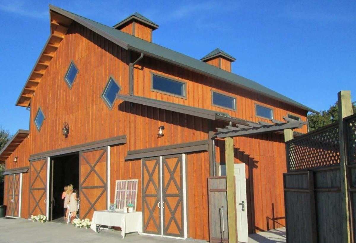 Wedding barn for Carleton Farms in Lake Stevens