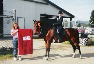 Elizabeth Forster on RP Let's Celebrate winning the reserve champion classic saddle seat eq class at the Key Classic Benefit Show
