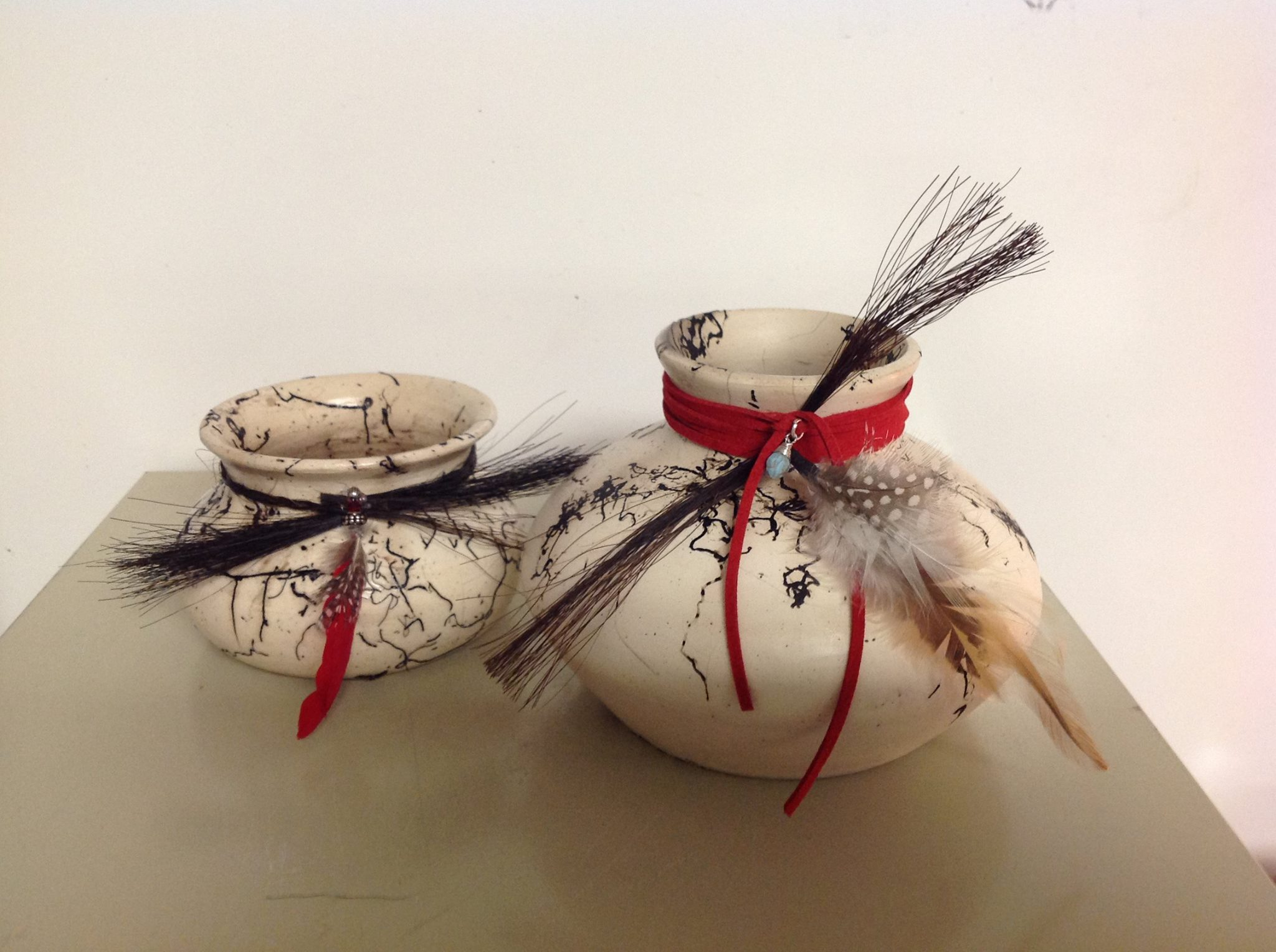 Horse hair custom pottery available in several sizes. Use your own horse's tail to create a memorial pot or just a precious keepsake. For decorative use only.